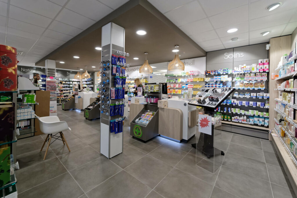 PHARMACIE et CABINET MEDICAL FAVARD 2